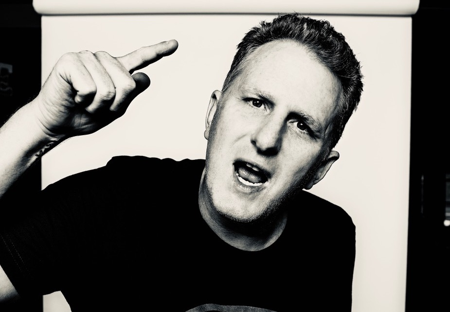 Michael Rapaport brings his ball-busting brand of humor to Helium this weekend