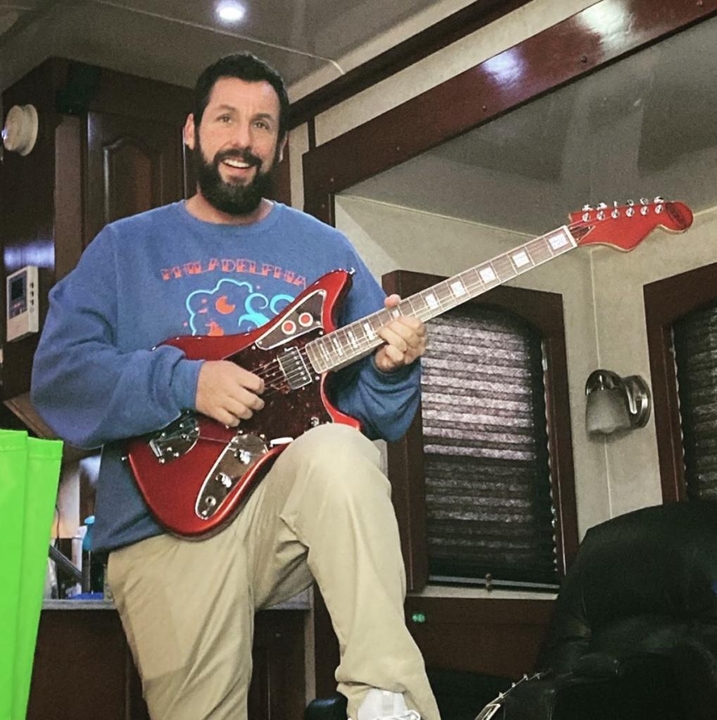 Adam-sandler-dipinto-guitars